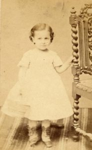 Photo de Gilberte Sabouraud enfant